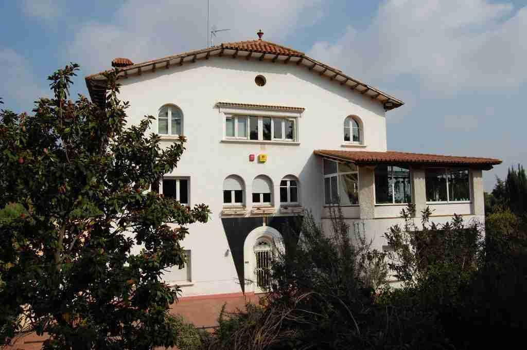 Lynx Edicions building in Bellaterra